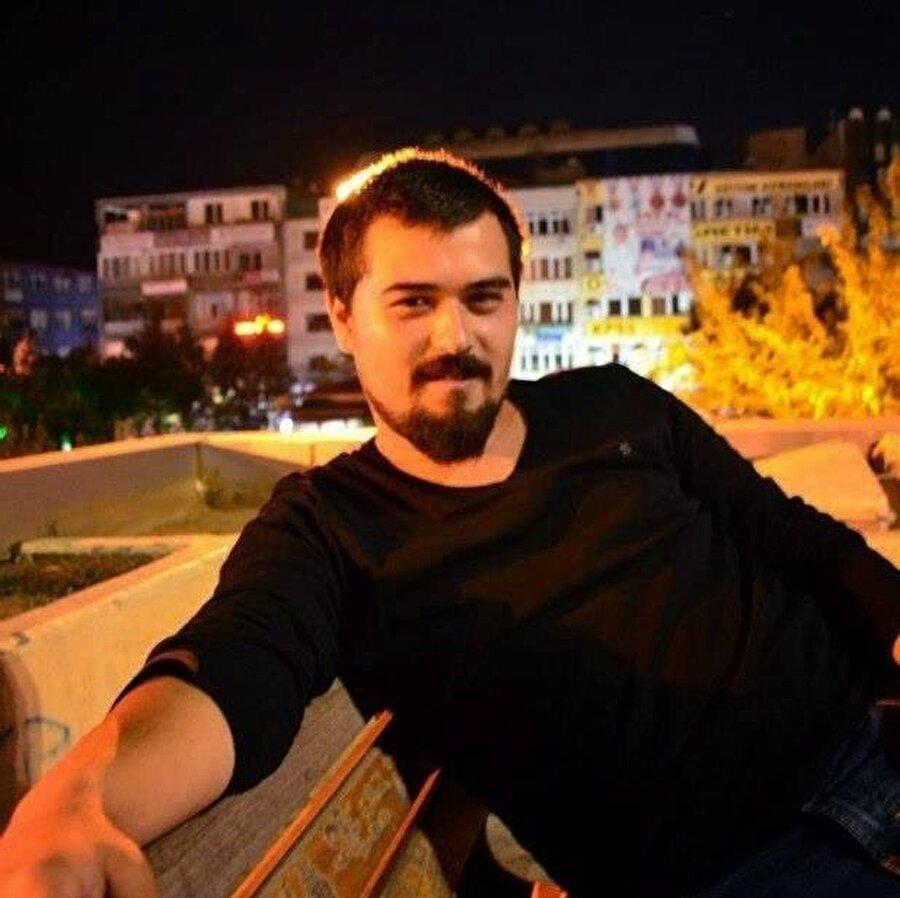 Ahmet Şefik Çeşmecioğlu'nun bir süredir ritim bozukluğu nedeniyle tedavi gördüğü öğrenildi.