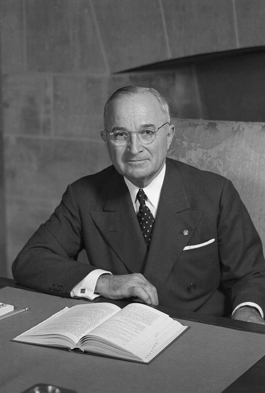 Harry Truman, İkinci Dünya Savaşı'nın sona ermesinden kısa bir süre evvel ABD Başkanı olmuştu.