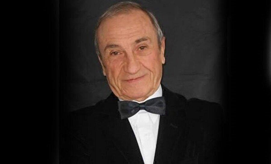 Usta oyuncu, 76 yıllık hayatına başarı dolu birçok tiyatro oyunu sığdırmayı başardı.