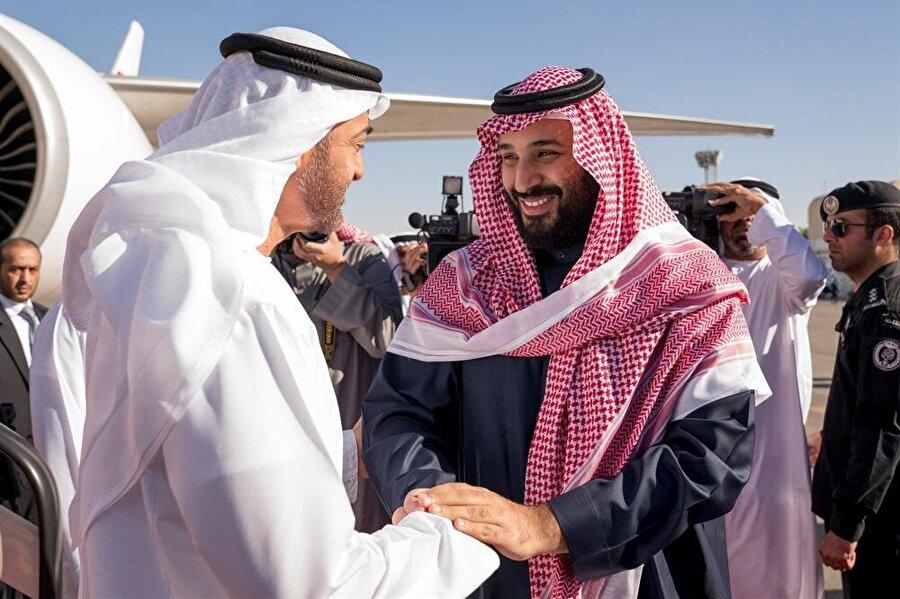 Bin Zayed'le Bin Selman'ın arasından su sızmıyor.