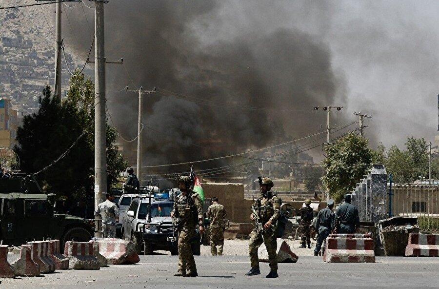 Afganistan'da Taliban ile Afganistan güçleri ve ABD askerleri arasındaki çatışmalar sürüyor.