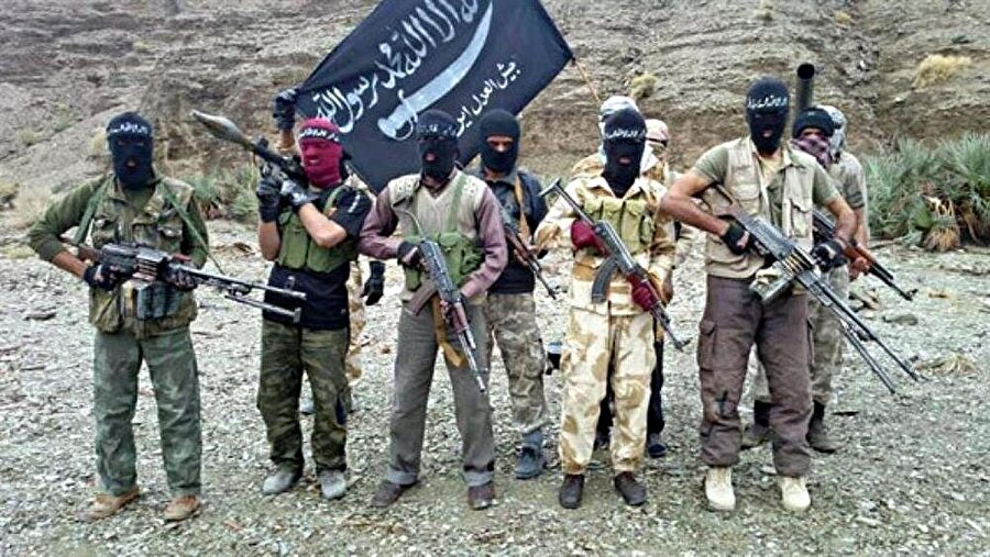 İran'da Sünnilere yapılan baskı ve yıldırma politikaları Sünni silahlı gurupların ortaya çıkmasına neden oluyor.