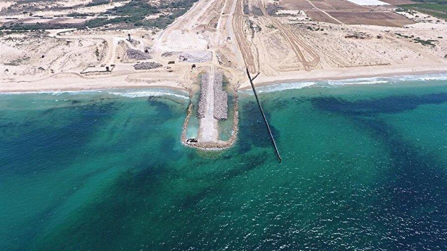 Ablukayı derinleştiren İsrail, Gazze üzerindeki kontrolünü denizden de sürdürüyor.