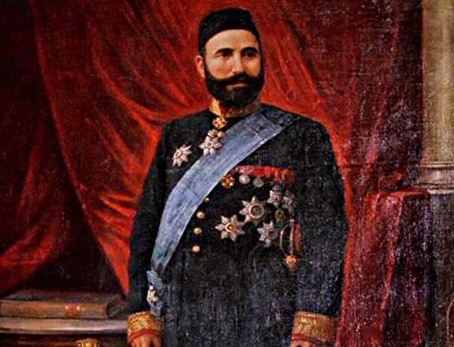 Azerbaycan'da, Rus İmparatorluğu'nun ve Dünya'nın ilk petrol sanayiinin doğmasında ve gelişmesinde önemli rol oynamış Azerbaycanlı iş adamı ve hayırsever Hacı Zeynelabidin Tağıyev.