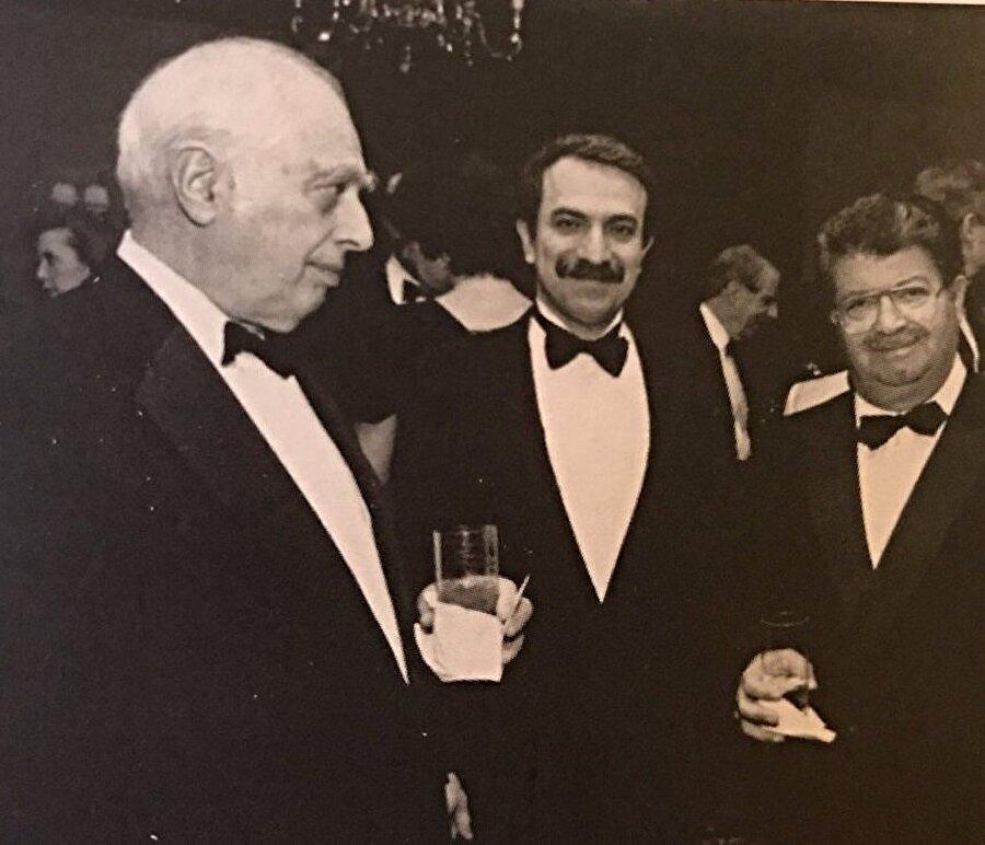 Bernard Lewis, hayatı boyunca Türkiye'de en üst düzeyde kabul gördü.