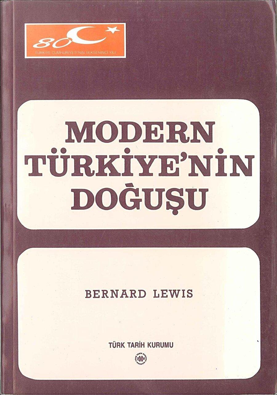 Bernard Lewis'in Türkiye'de yakından tanınmasına yol açan kitabı.