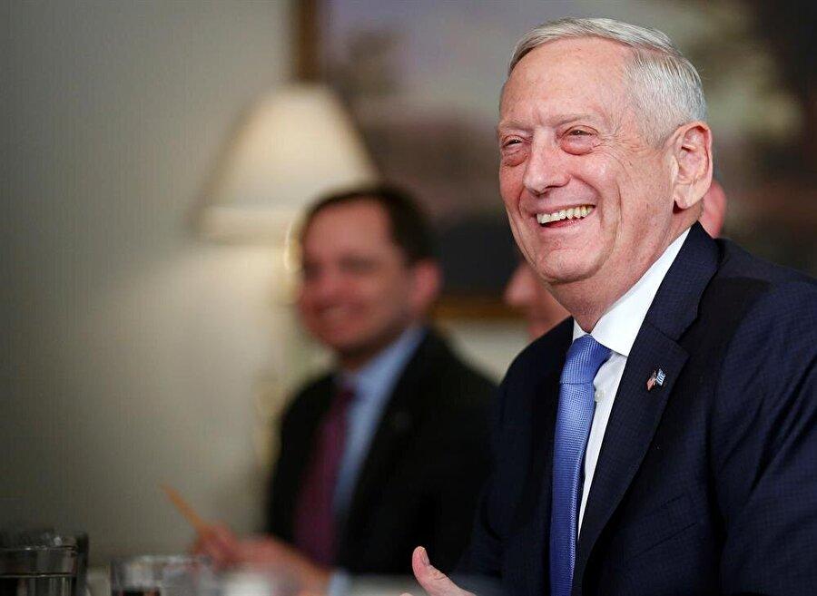 ABD Savunma Bakanı Jim Mattis, Yunan Savunma Bakanı Panagiotis Kammenos ile Washington'da bir toplantı düzenlemişti.