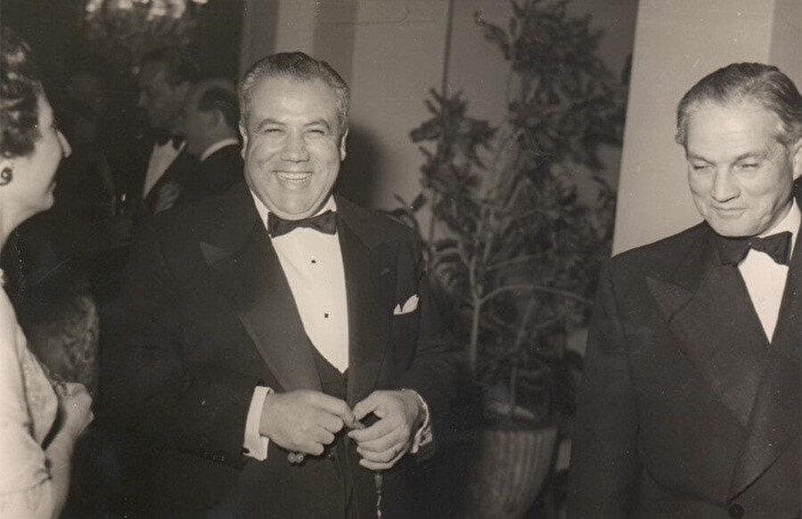 Emil Bustânî, verdiği partilerle kısa zamanda magazin basınının da konusu haline geldi.