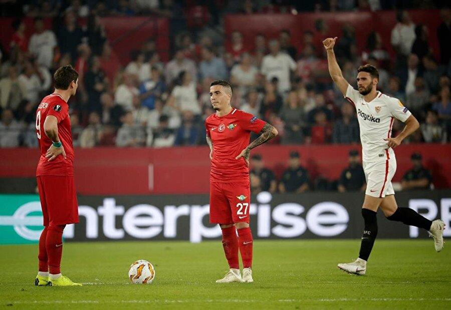 Akhisarspor, Sevilla karşısında 7. kez santra yapıyor.