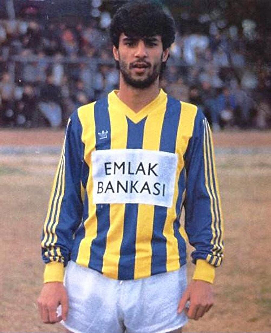 Arşiv: İsmail Kartal'ın Fenerbahçe'de forma giydiği dönemden geriye kalan bir kare...