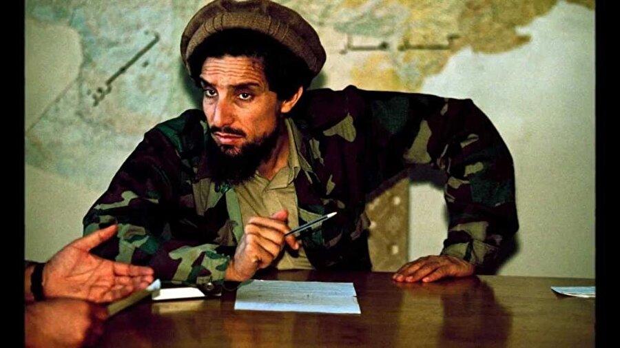 Şah Mesud, Ruslara karşı büyük mücadeleler veren bir mücahid idi.