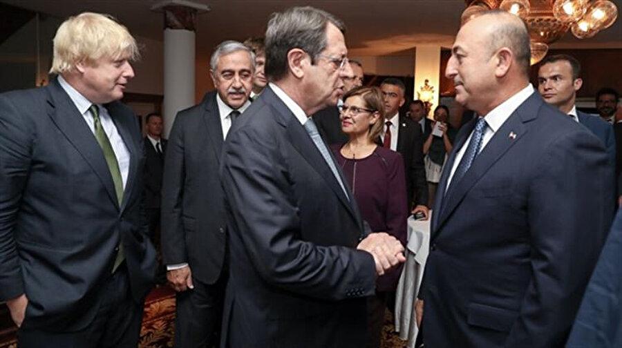 Geçtiğimiz yıl başlayan İsviçre'de başlayan Kıbrıs müzakereleri sonuçsuz kalmıştı.