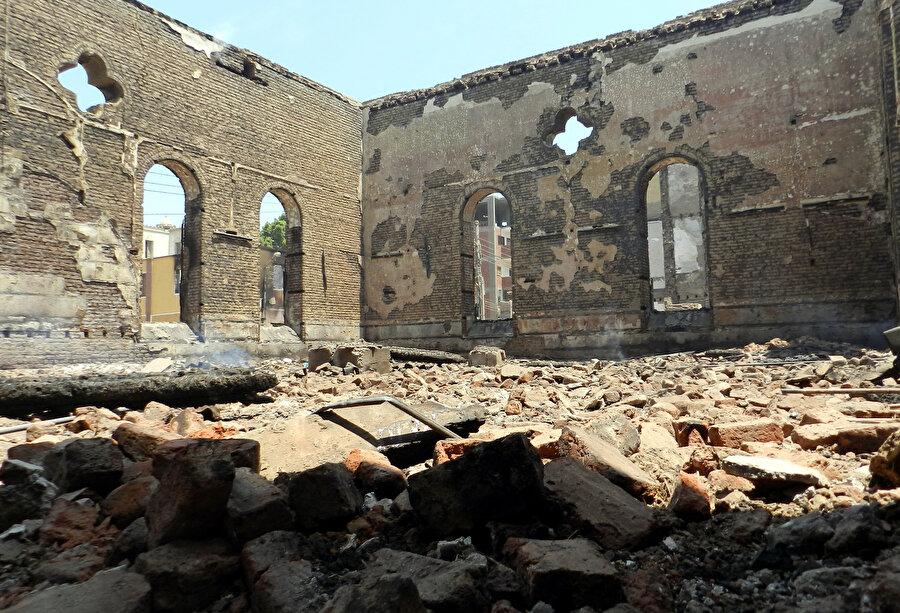 Abdünnasır döneminde ve Sedat Enver döneminde Kıptî Kiliselerine birçok saldırı düzenlendi.