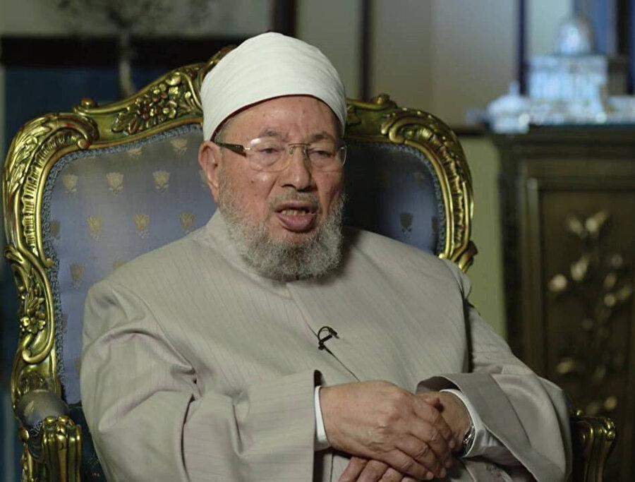 Yusuf el Karadâvî, birliğin kurucu başkanıydı.
