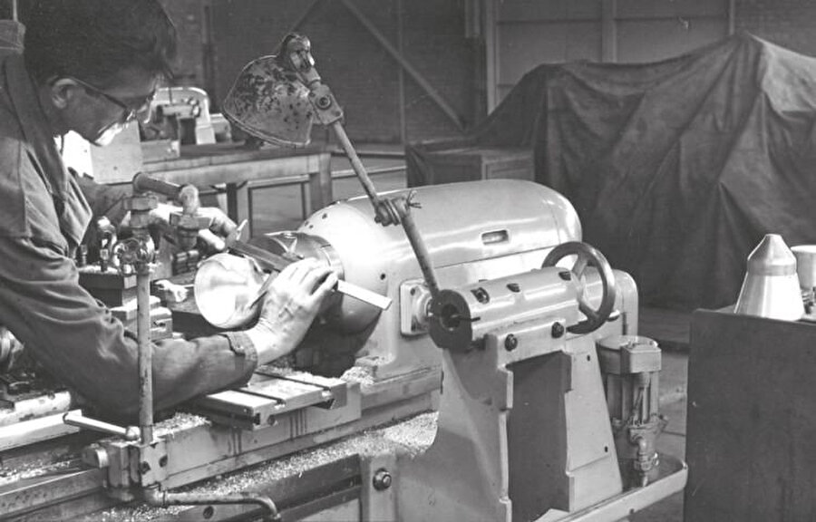 Gümüş Motor fabrikasında üretim esnasında çekilmiş bir fotoğraf karesi
