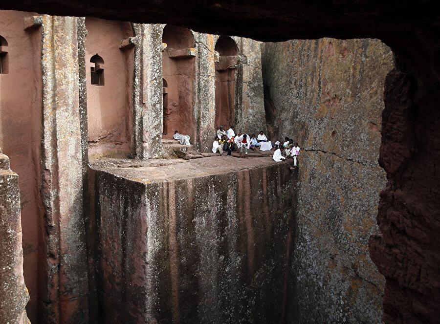 Yeni Kudüs olması için inşa edilen Lalibela, Etiyopya Ortodoks Hıristiyanlığı için çok önemli bir konumdadır.
