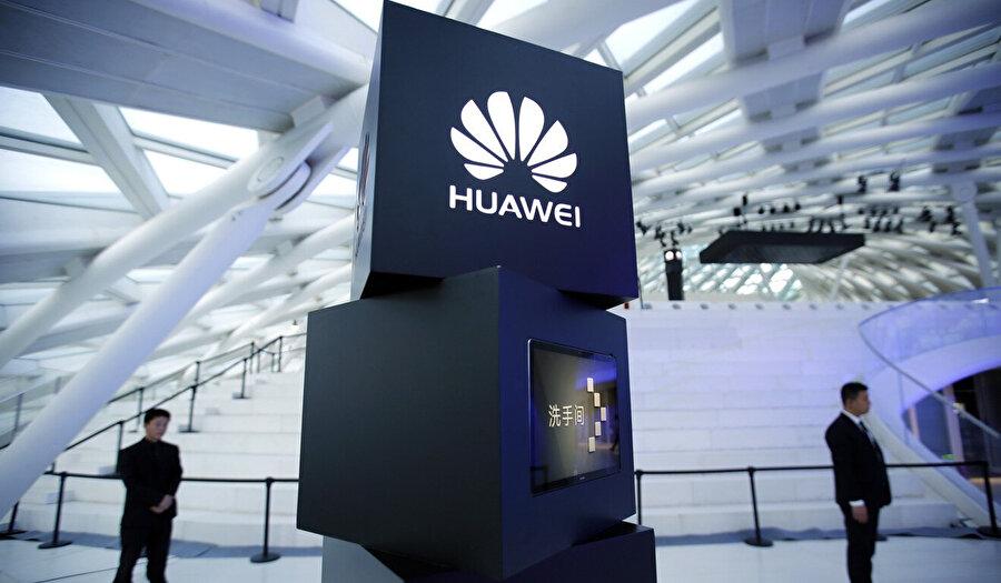 Çinli şirket, merkez binasında gerçekleştirdiği toplantılarla, 2019 yılının 'tablette zirve' yılı olma ihtimalini planlıyor.