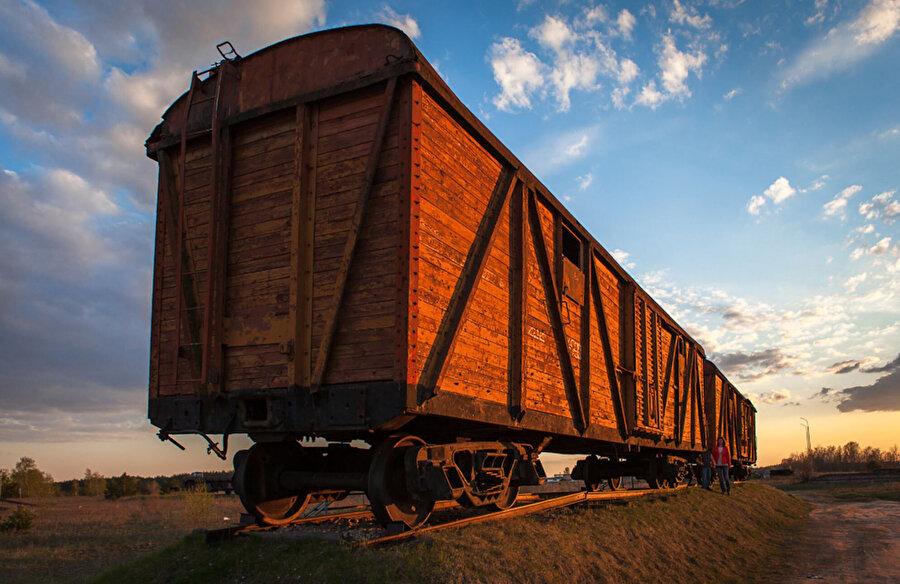 Stalin rejimi tarafından sürgünde kullanılan yük vagonlarından biri.