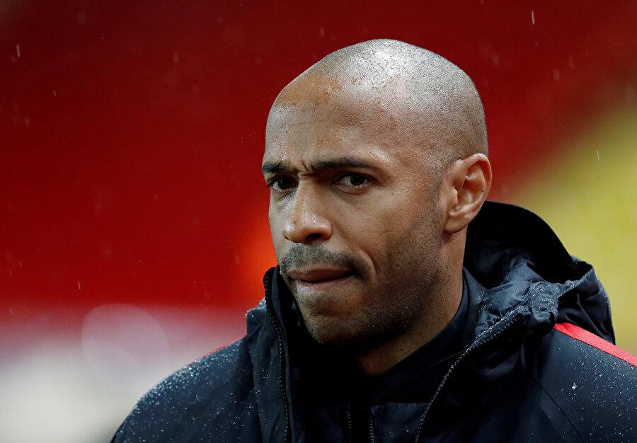 Arka arkaya puan kayıpları yaşayan Monaco'da Henry düşünceli gözüküyor.
