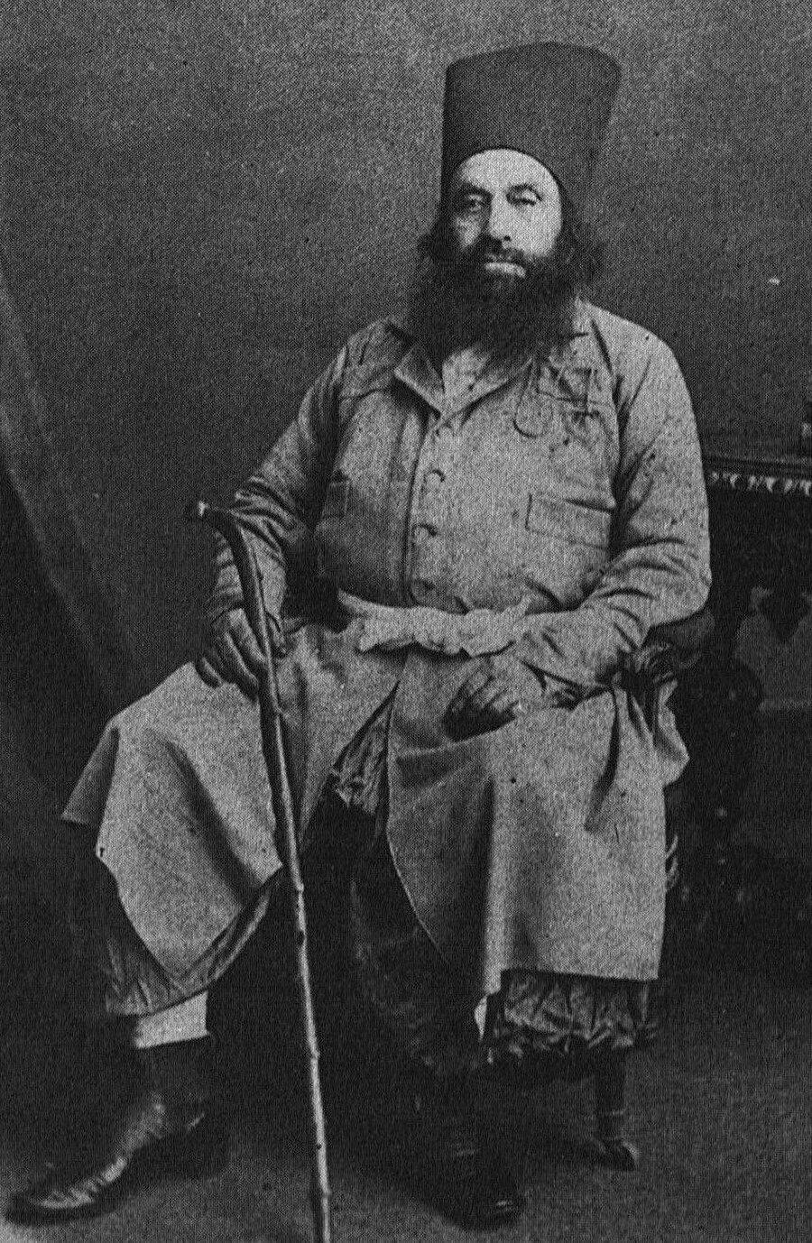 "Hasan Ali Şah, ""Ağa Han"" unvanını alan ilk İsmâilî imamıydı."