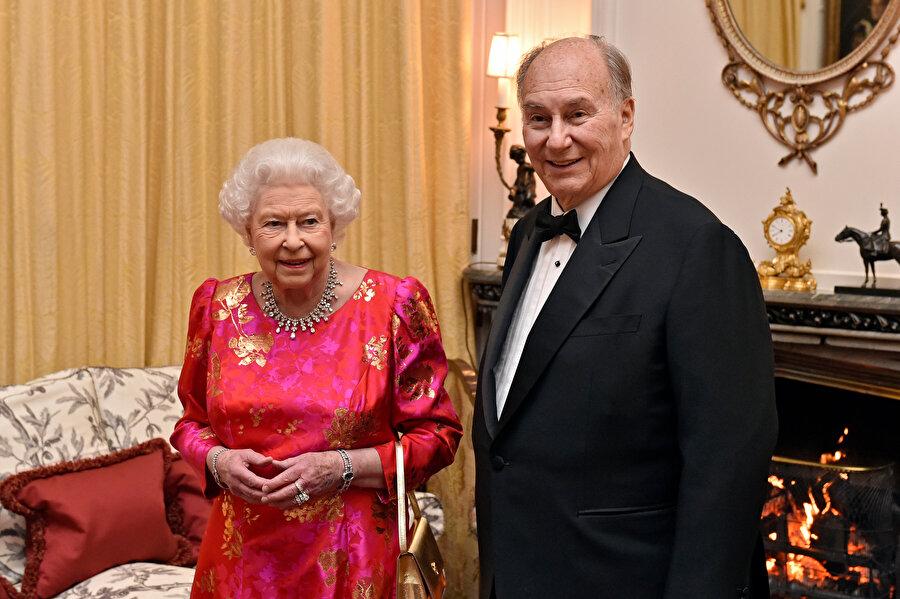 Kerim Ali Ağa Han ve İngiltere Kraliçesi İkinci Elizabeth.