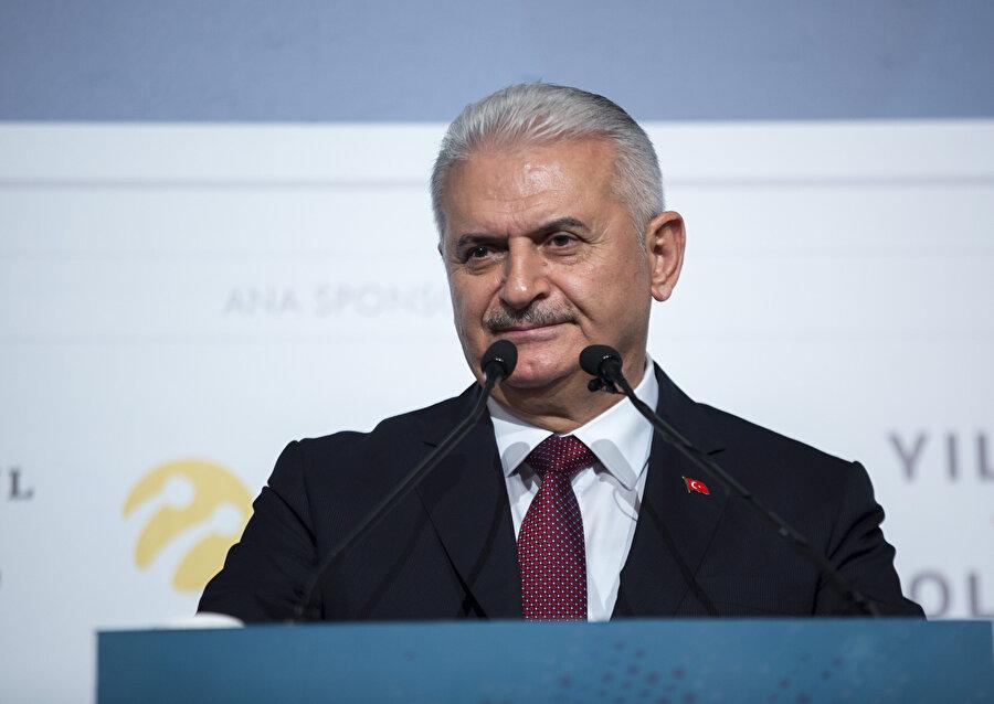 Binali Yıldırım 65. Hükümette Başbakanlık görevini üstlendi.