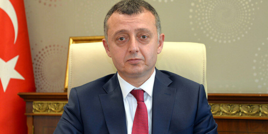 2002 yılında Kocaeli Üniversitesi İktisadi ve İdari Bilimler Fakültesi İktisat Bölümü İktisat Politikası Anabilim Dalı Yrd. Doçent kadrosuna atandı.