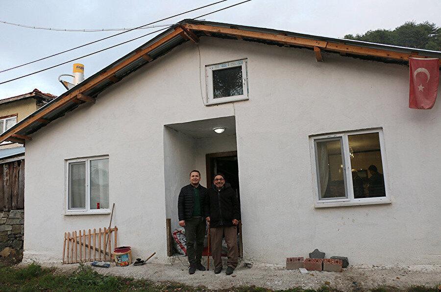 Ali Dede yeni evinden çok memnun.