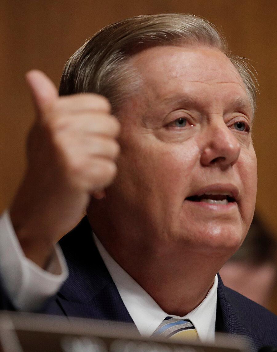 Senatör Lindsey Graham, CIA'dan istihbarat brifingi talep ettiklerini açıkladı.