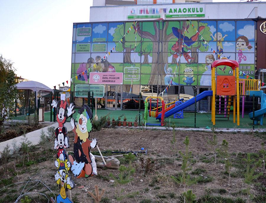 Savcılık soruşturması sonunda öğretmen Nurdan Ş. hakkında, Ankara 5'inci Asliye Hukuk Mahkemesi'nde, 'kasten yaralama' suçundan dava açıldı.