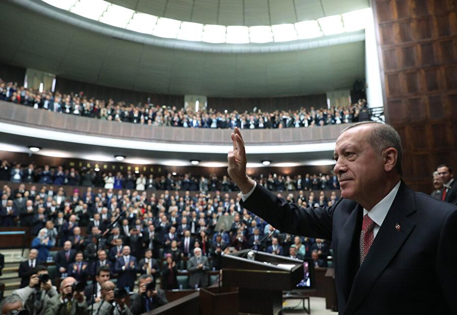 Erdoğan, 20 ilin AK Parti belediye başkan adaylarını açıkladı.