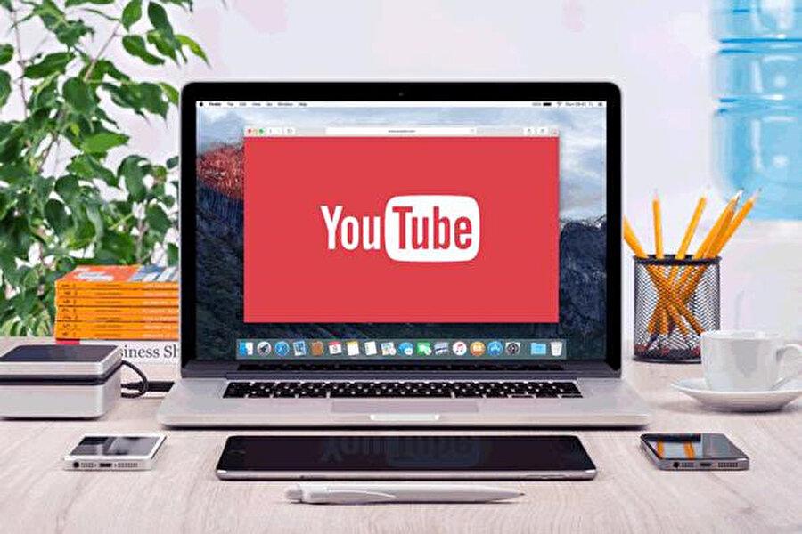 YouTube, çocukların en uzun süre zaman geçirdiği mecralar arasında yer alıyor.