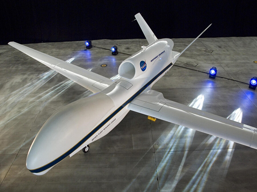 İlerleyen safhalarda insansız hava araçlarının gelişmiş versiyonları olan otonom uçakların da hayata geçmesi bekleniyor.