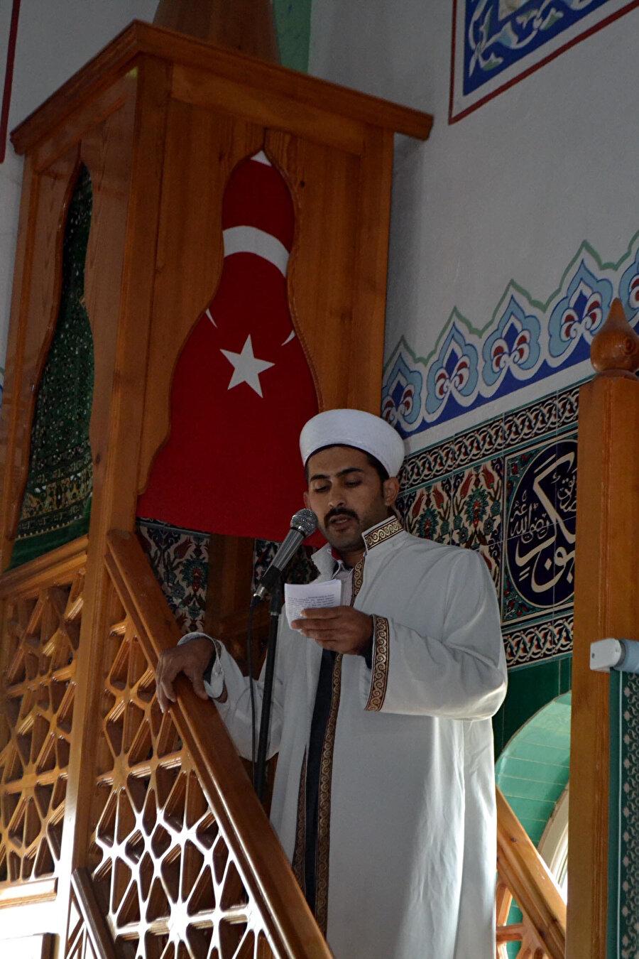 Muhammet Varol, vaaz verirken
