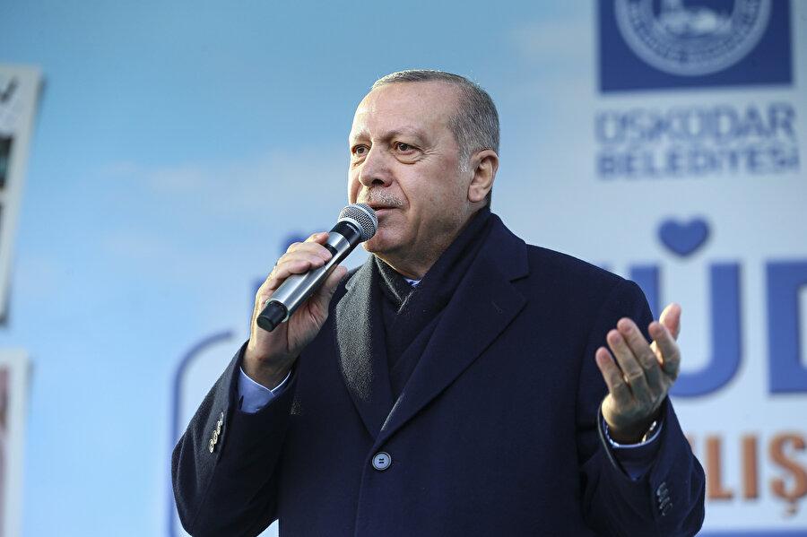 Cumhurbaşkanı Erdoğan, Üsküdar'daki açılışta vatandaşlara seslendi.