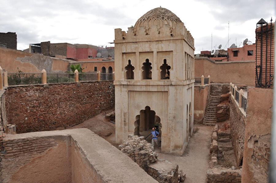 Fas'ın Marakeş kentinde Murabıtlardan kalma bir kubbe örneği.