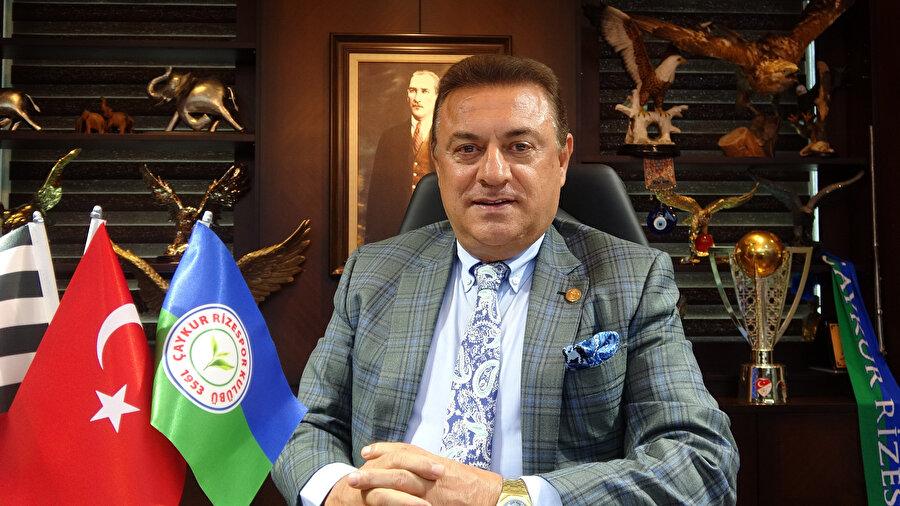 Arşiv: Çaykur Rizespor Başkanı Hasan Kartal, basın mensuplarının sorularını cevaplıyor...