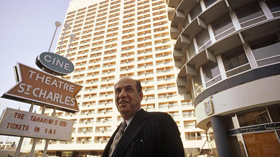 1974 yılında açılan Holiday Inn kısa bir sürede çok büyük bir yükseliş gerçekleştirmişti.