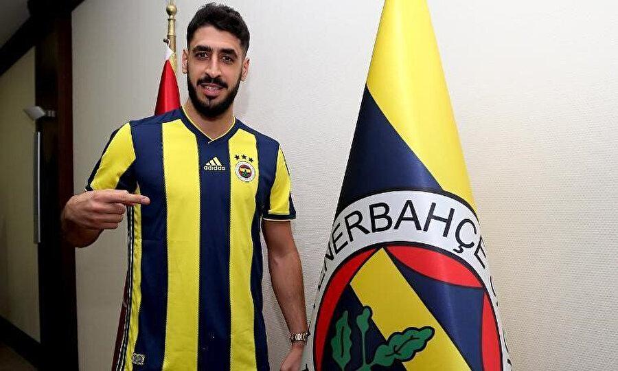 Tolga Ciğerci Galatasaray'la sözleşmesini feshettikten sonra Fenerbahçe'ye transfer olmuştu.