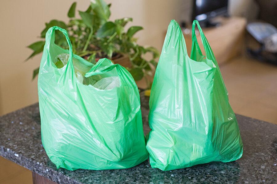 Plastik poşetler, 2019 yılından itibaren en az 25 kuruşa satılacak.