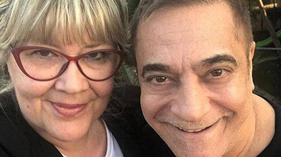 Mehmet Ali Erbil ve doktor kız kardeşi Yeşim Erbil.
