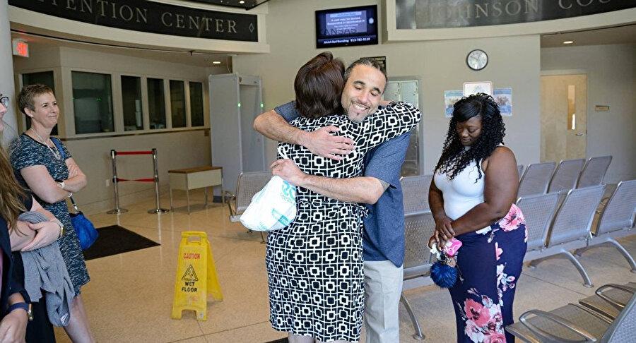 Richard Anthony Jones, hapis yattığı 17 yılın ardından serbest bırakılmıştı.