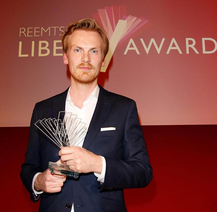 Relotius, 2014'de yılın gazetecisi ödülünü almıştı.