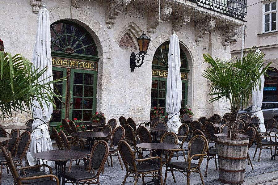 Lviv kafe ve restoranları, Avrupa tarzınızı yansıtıyor.