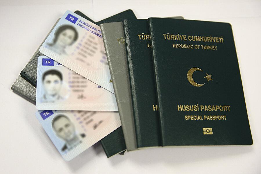 Pasaport, ehliyet ve kimlikte yeni dönem geçtiğimiz nisan ayında başladı.