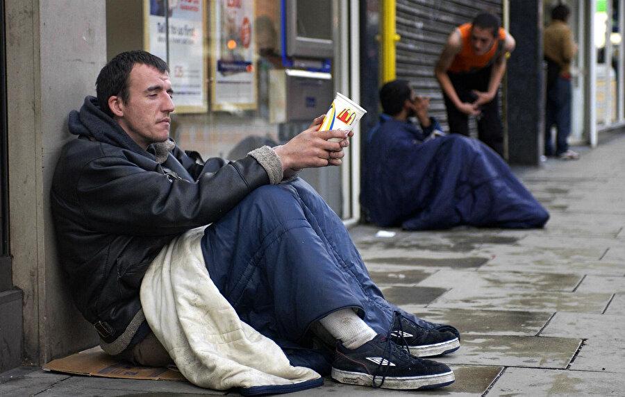 Ülkede, en çok evsizin yaşadığı kent Londra.