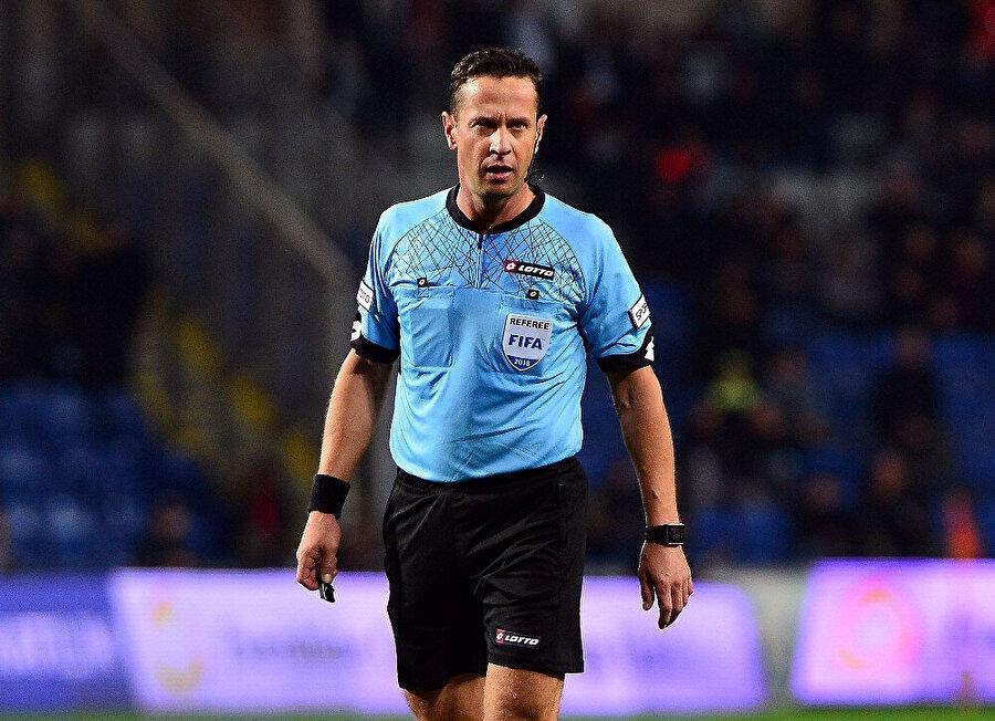 Süper Lig'in ilk yarısında Halis Özkahya 8 maçla en az görev alan isim oldu.