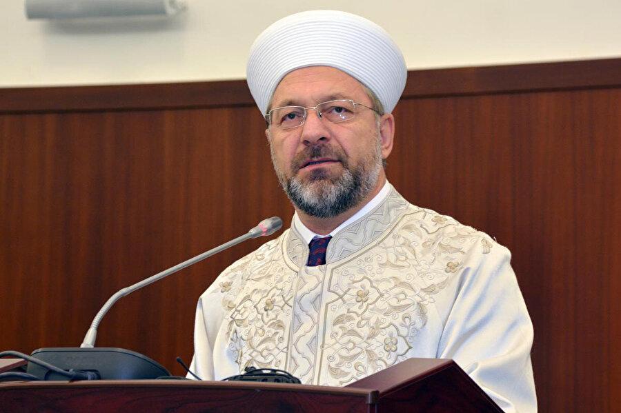 Diyanet İşleri Başkanı Ali Erbaş : ' Hikmetli bir gönül dili ile dinimizin hakikatlerini herkese ulaştırmak istiyoruz' dedi.