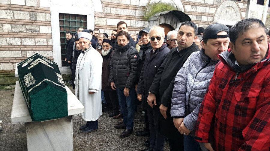Selami Şahin'in abisi cenaze namazının ardından Zincirlikuyu Mezarlığında toprağa verildi.