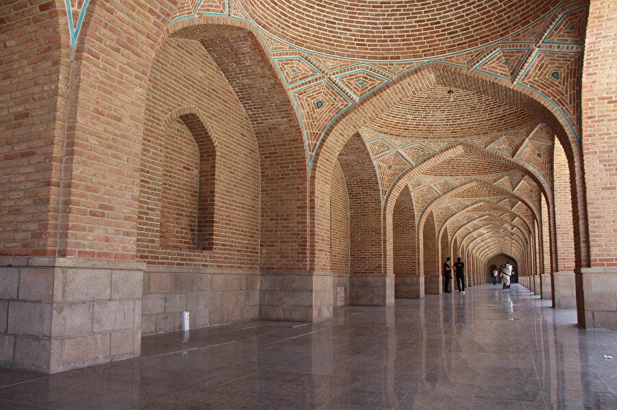 Safevîler'in ilk başkenti olan Tebriz, Safevî dönemine ait çok sayıda eseri barındırır (Fotoğraf: Yusuf Sami Kamadan)